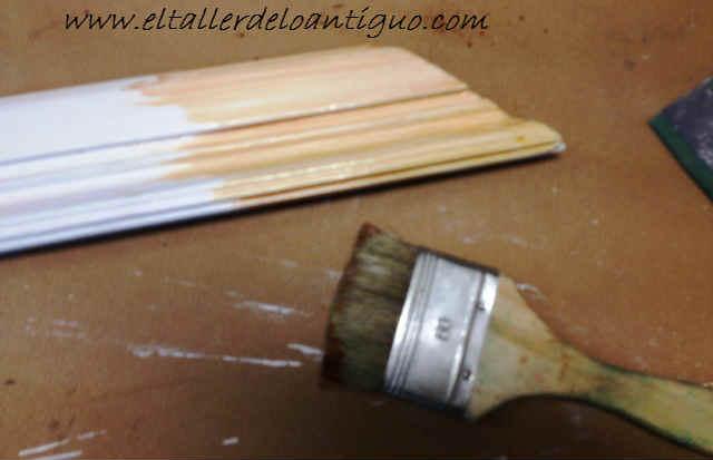 22-hacer-veladuras-con-barniz-para-muebles