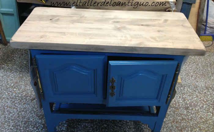 4--Pintamos-en-Azul-Altea-un-Mueble-de-Tele