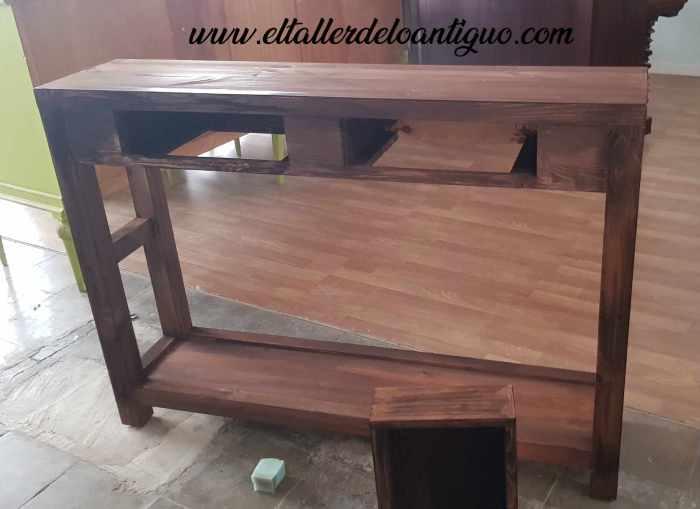 Mueble rústico a medida dejando secar