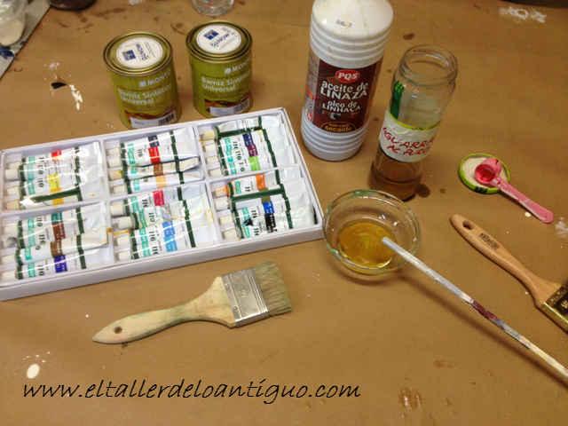 9-hacer-veladuras-con-barniz-para-muebles