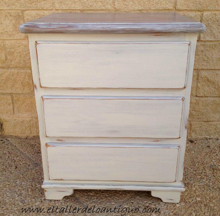 Pintar pino en decap blanco el taller de lo antiguo - Muebles antiguos pintados de blanco ...