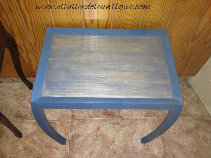 Pintar mesa azul art dec el taller de lo antiguo - Pintar una mesa de madera ...