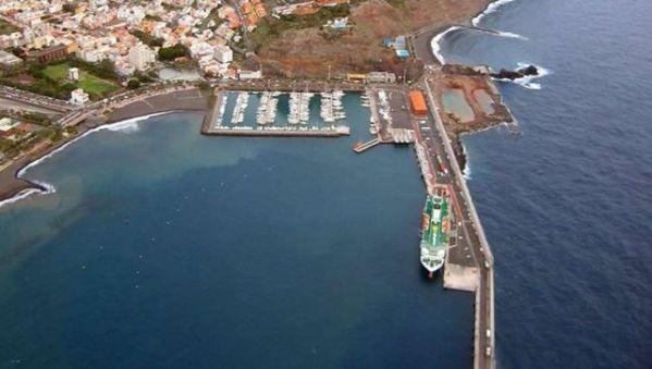 Muelle de San Sebastian de La Gomera/ http://www.fotosaereasdecanarias.com