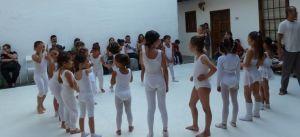 Una actividad de la Escuela Municipal de Danza de San Sebastián de la Gomer