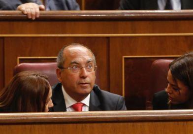 El PSOE volverá a reclamar que la subvención del 75% para el transporte de pasajeros extensible a todos los residentes de Canarias