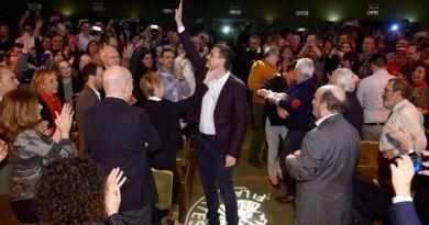 Sánchez nombra a Ábalos portavoz parlamentario para que intervenga en el debate de la moción de censura
