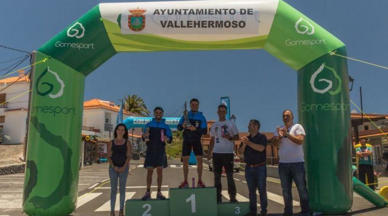 Sandro Escuela y Lumila Cañete ganadores de la I 'Fortaleza Trail'