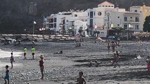 PSOE: El Ayuntamiento de San Sebastián de La Gomera abandona las playas del municipio