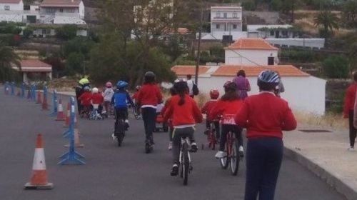 Jornada sobre 'Buenos hábitos y Conocimiento de la Educación Víal' en Alajeró