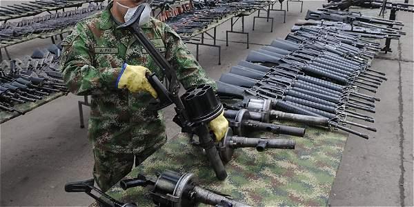 Resultado de imagen para farc entregan armas