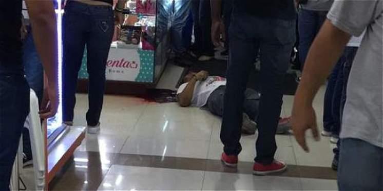 Ataque sicarial en centro comercial de Cali dejó dos muertos