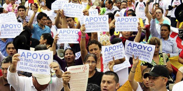 Unos 10.000 habitantes de Yopal se sumaron al paro cívico desatado por la crisis en el suministro de agua.