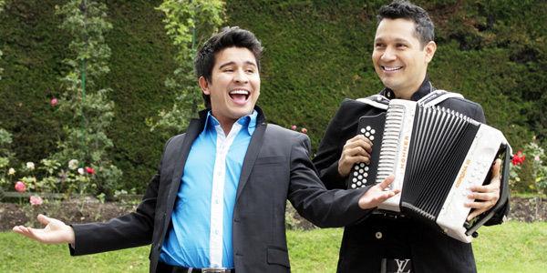 El cantante de vallenatos Dubán Bayona y el acordeonero Jimmy Zambrano estarán hoy en el Festival.