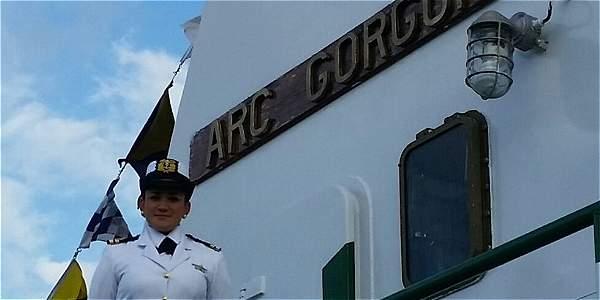 La teniente de Navío Rossny Carranza Torres es la primera mujer que comandará un buque oceanográfico de la Dirección General Marítima.