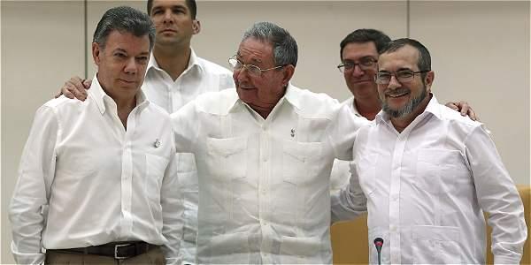 En La Habana se puede estar escribiendo una importante página de la historia del siglo veintiuno, según el analista.