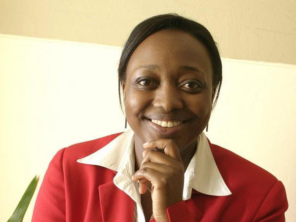 Paula Moreno fue ministra de Cultura, la primera afro en llegar a un cargo ministerial. Hoy preside Manos Visibles.