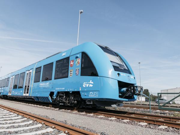 Tren azul de propulsión con hidrógeno