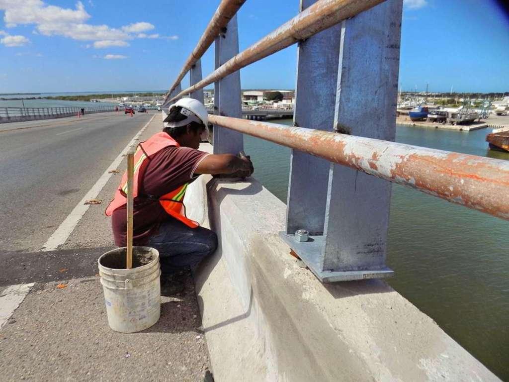 Avanzan los trabajos de conservación del puente de Yucalpetén