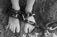 Torturan y violan a una menor durante un mes