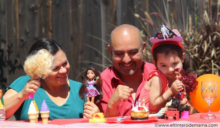 Vi-and-Va-dolls.jpg