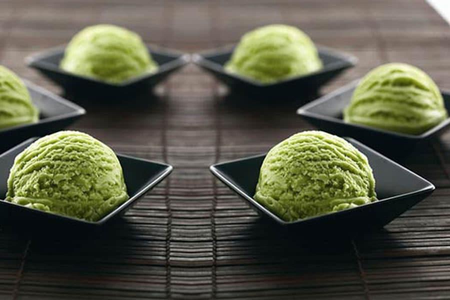 Helado de té verde, un postre casero y con un sabor exquisito.