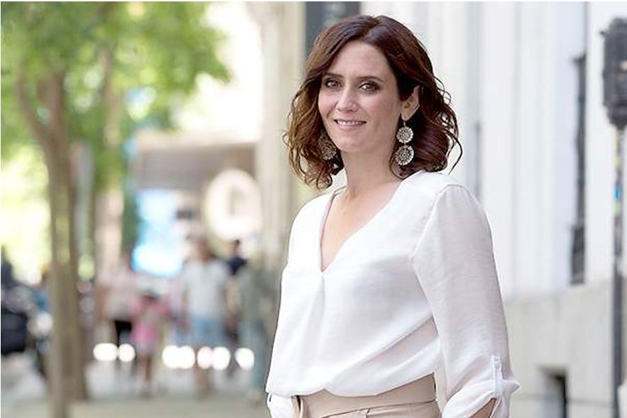 Isabel Díaz Ayuso su lado más personal-1
