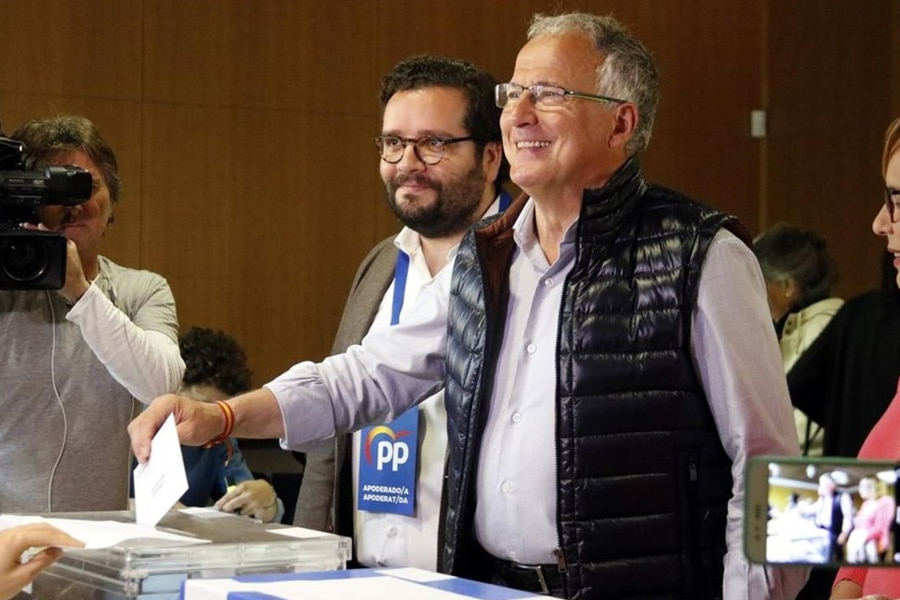 ¿Estás de acuerdo en hacer un frente constitucionalista en el ayuntamiento de Barcelona-