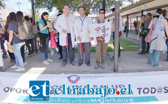 Estos médicos participan de la movilización como una forma de apoyar las demandas sociales de los vecinos del Valle de Aconcagua.