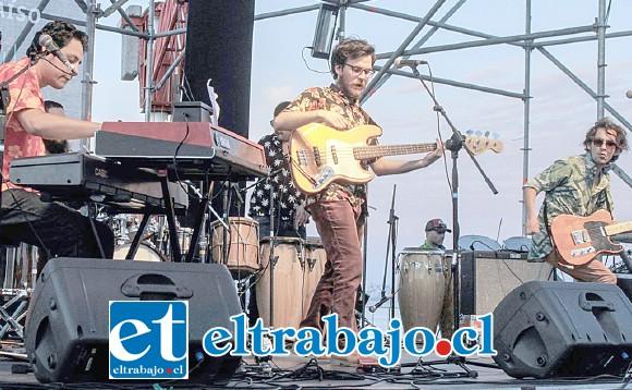 VIENE CONCIERTO.- La mejor cumbia del Valle de Aconcagua estará en vivo este sábado dando fuerza al Festival por la Dignidad DD.HH. desde las 13:00 a 20:00 horas.