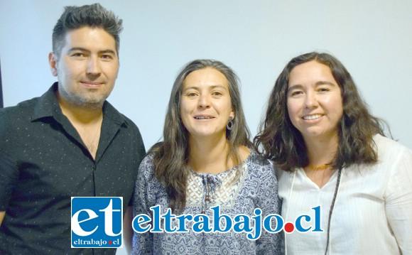 DIRECTIVA SINDICAL.- Albert Lobos presidente, Francisca Hidalgo secretaria, y Karen Ortiz como tesorera, ellos la llevan en este potente sindicato.