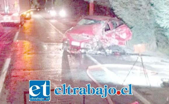 El grave accidente ocurrió en la ruta Troncal de Panquehue. (Fotografías: Preludio Radio).