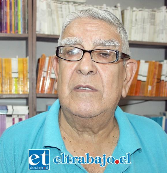 Mario Saavedra, comerciante de los libros en nuestra ciudad.