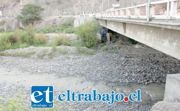 Aconcagua debe entregar 36 horas de agua cada semana para Quillota, dejando absolutamente seco por todo ese tiempo al Valle, asumiendo un alto costo social y económico que nunca ha sido indemnizado por el Estado.
