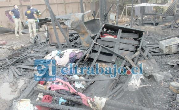 NADA SE PUDO HACER.- Esta es la triste escena en la que el cuerpo de doña Margarita Cáceres fue hallado.
