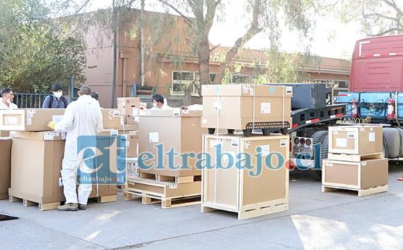 Importante equipamiento para armar el resonador magnético comenzó a llegar al Hospital San Camilo, el que tiene un valor superior a los 800 millones de pesos.