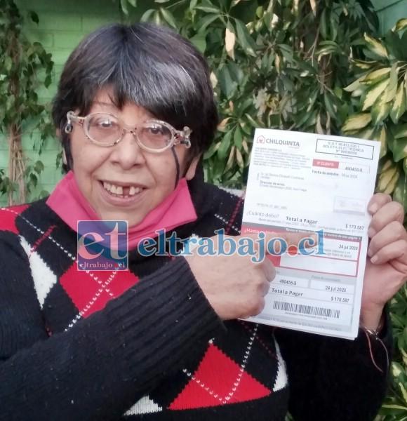 ¿CUÁNTO LE COBRARÁN EN AGOSTO?.- Doña Mónica Contreras nos muestra la boleta más alta: $170.000 de este mes de julio.