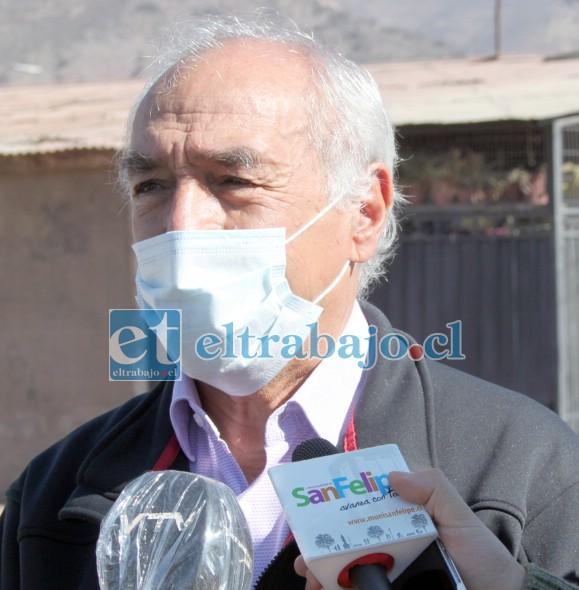 El alcalde Patricio Freire Canto destacó que el único interés del municipio es cuidar la vida evitando los contagios.