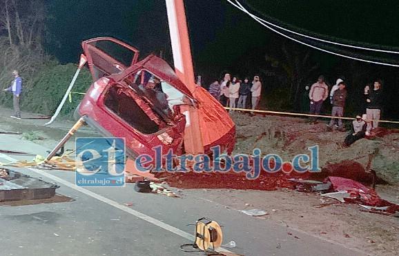 LA TRAGEDIA.- El fatal accidente ocurrió al filo de las 21:00 horas del domingo 19 de julio en el sector El Mirador de Panquehue.