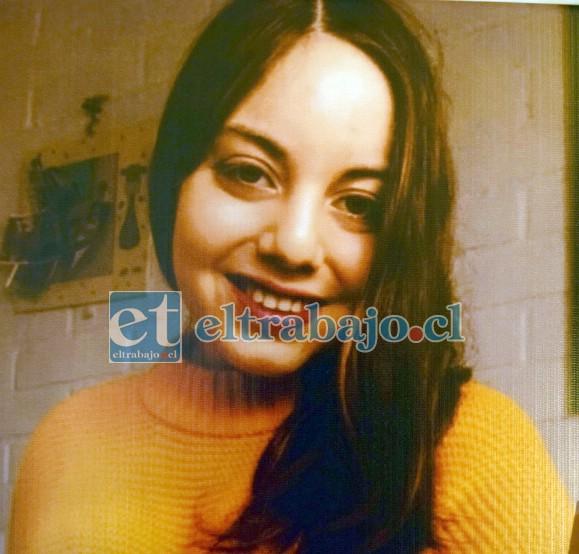 ADIÓS GUERRERA.- Poullett Vergara Arancibia, murió este domingo a la edad de 20 años.