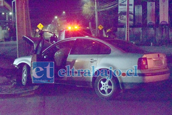 EN INVESTIGACIÓN.- Una segunda persona viajaba en el vehículo, al parecer no fue trasladado al hospital.
