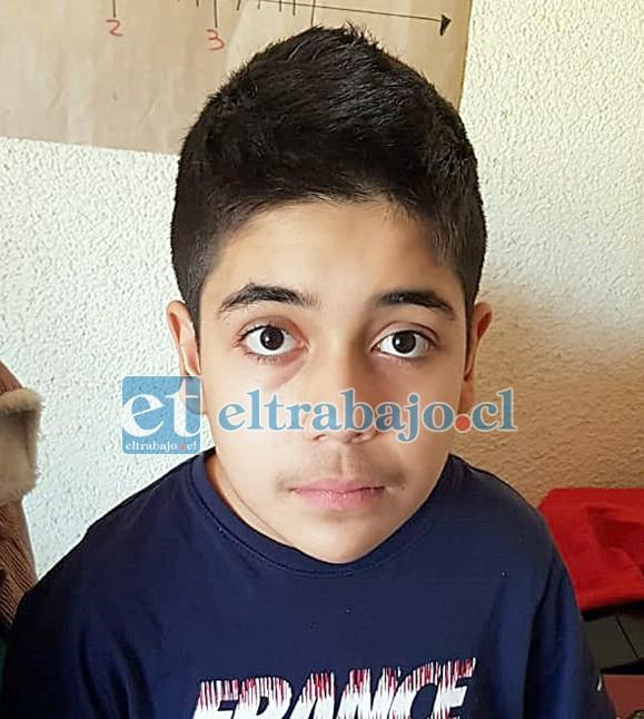 Antonio Alberto Eva Esparza, niño de 12 años de edad que necesita donantes de sangre. (Fotos del niño consentidas por su padres Antonio Eva y Oriana Esparza)