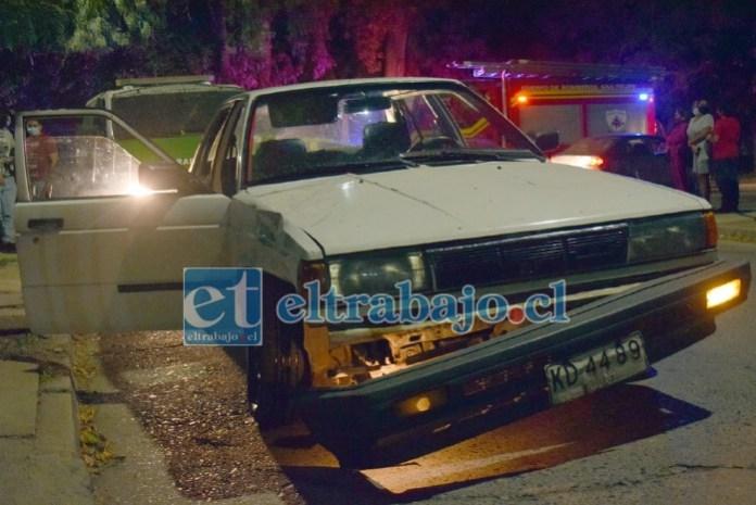 EN INVESTIGACIÓN.- Este es el vehículo involucrado en esta colisión ocurrida en Regalado Hernández con Diego de Almagro.