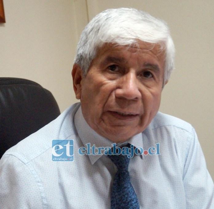 Director DAEM Santa María Rosalindo González Santibáñez.