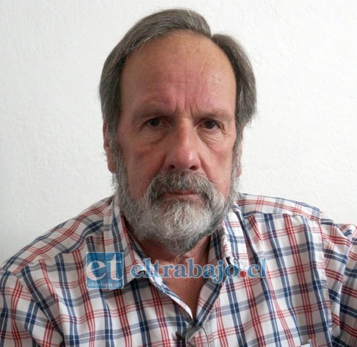 Carlos Herrera Salgado, único hijo vivo de nuestra querida profesora.