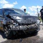 Fuerte accidente en Viena y Ruta 13