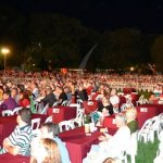 Una multitud para presenciar el recital de Baglieto - Vitale y La Barra