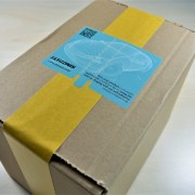 ELTRONIS tamper-evident seal for shipping box protection manipulationssichere Siegel biztonsági címke sigiliu autoadeziv