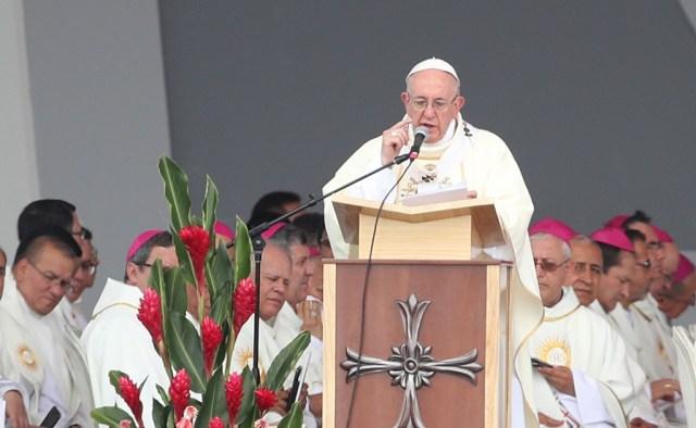 """Papa reza por víctimas del sismo de México y el huracán """"Irma"""" en el Caribe"""