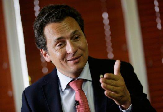 Fotos de Lozoya cenando en Las Lomas desatan polémica en las redes