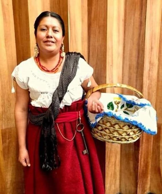catalina_chavez_mo-kalli_festival_del_mole_teotitlan_del_valle_oaxaca.jpg